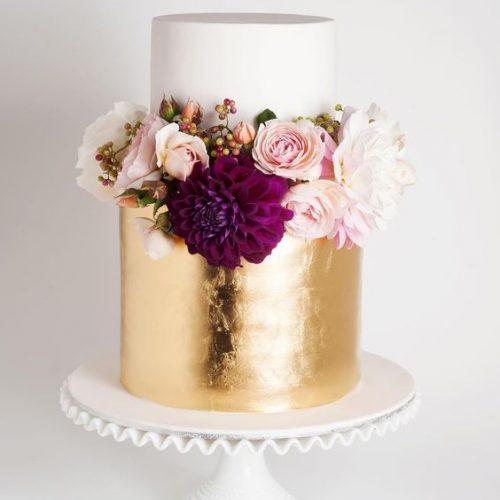bruidstaart metallic bloemen
